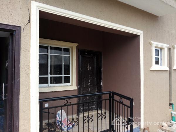 2 bedroom flat for rent in PRAISEHILL,AREPO OGUN STATE.