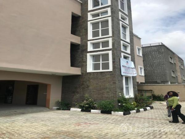 TASTEFULLY BUILT 3 UNITS OF 1 BEDROOM FLAT AT FREEDOM WAY,LEKKI.