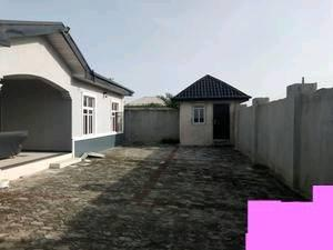 4 NOS OF BUNGALOW FOR SALE IN IJESHATEDO,SURULERE.