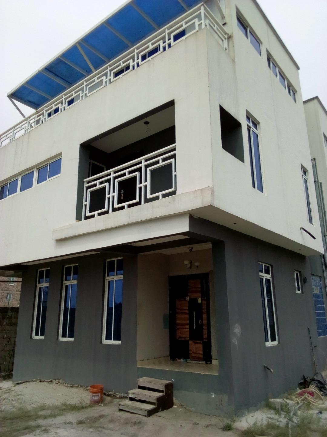 5bedroom duplex for sale in Lekki.