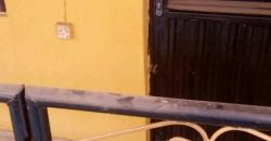 2 bedroom and parlour for rent in ijegun