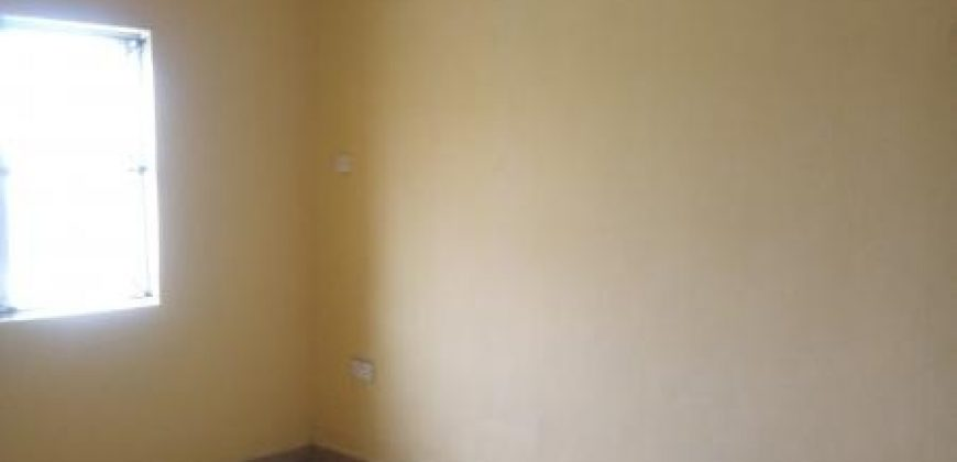 3bedroom flat for rent in Akute Ajuwon