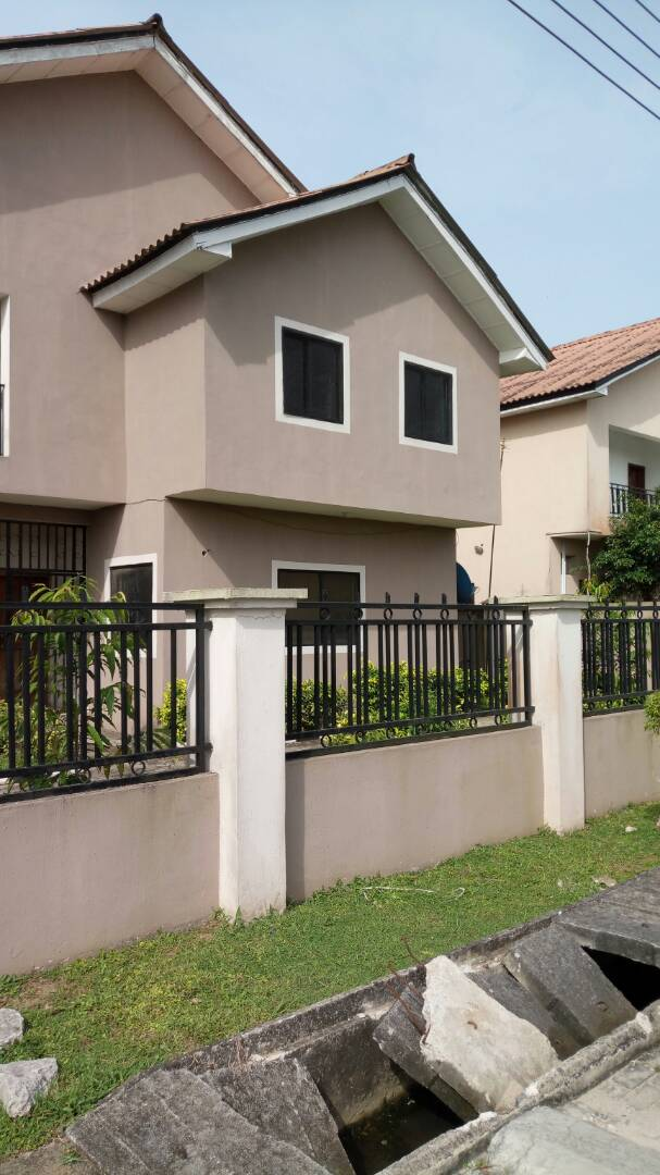 5 BEDROOM SEMI DETACHED HOUSE FOR RENT IN IKEJA GRA.