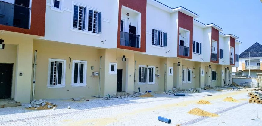 3bedroom duplex for sale in Chevron Lekki Phase 1.