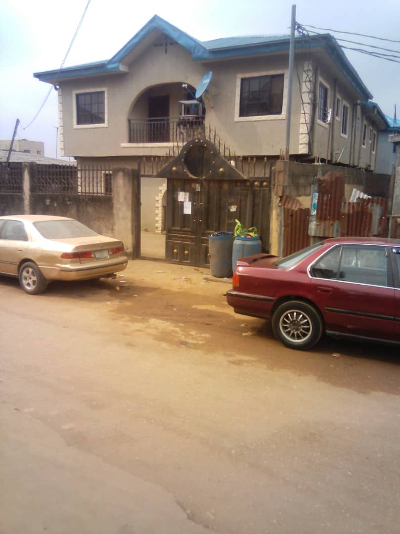 A new building of 4NOS Of 3bedroom Flats for sale+2Nos of Mini flat for sale.