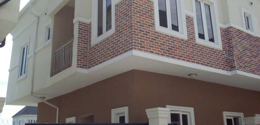 Lovely 3 Bedroom duplex for sale near Domino's Pizza, Ologolo lekki
