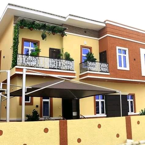 4bedroom semi detached duplex with bq for sale chevron toll gate,lekki.