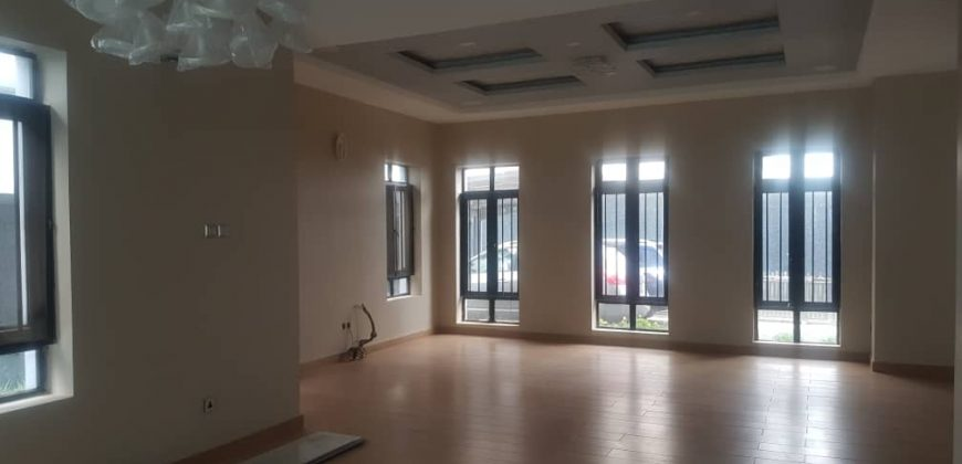 6BEDROOM HOUSE FOR SALE IN IKOYI
