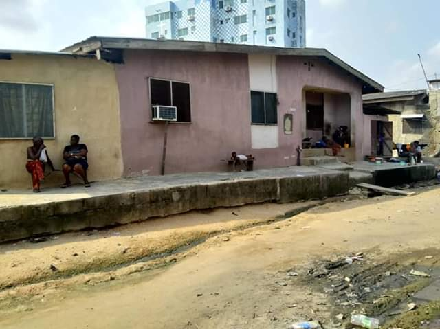 BUNGALOW FOR SALE ON A PLOT OF LAND IN KETU