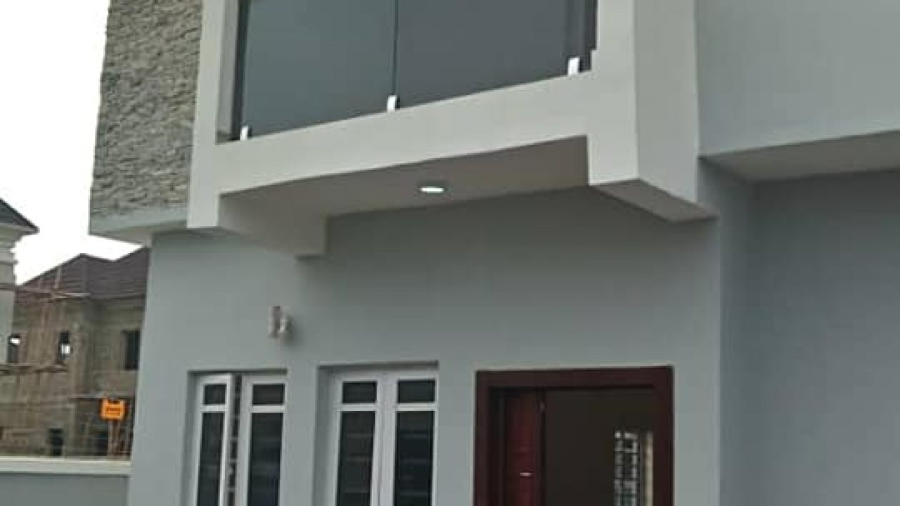 FOUR BEDROOM HOUSE(DETACHED)DUPLEX FOR SALE IN LEKKI-AJAH.
