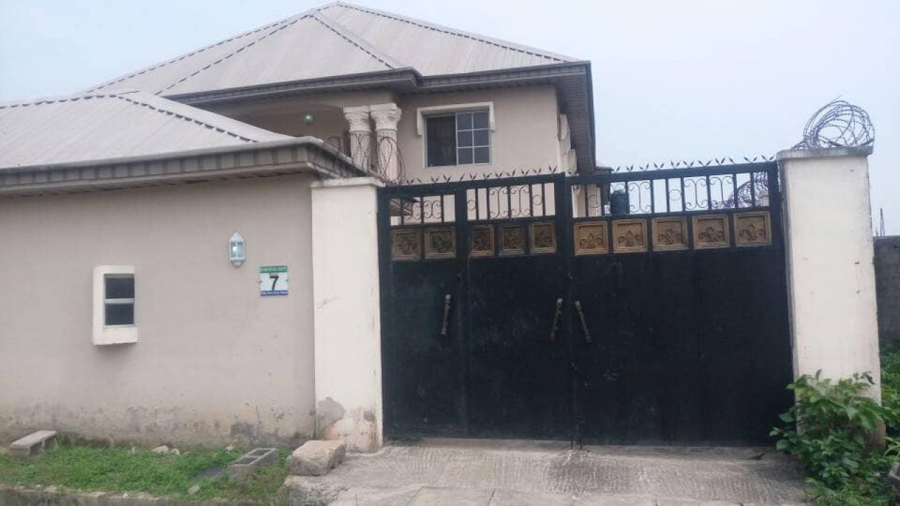 HOUSES FOR SALE IN IKORODU LAGOS