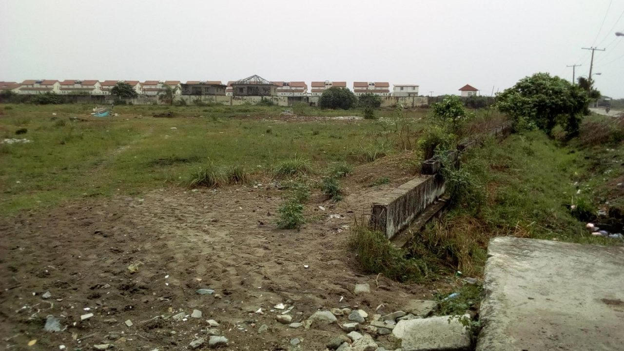 DRY LAND FOR SALE@CHEVRON LEKKI,LAGOS