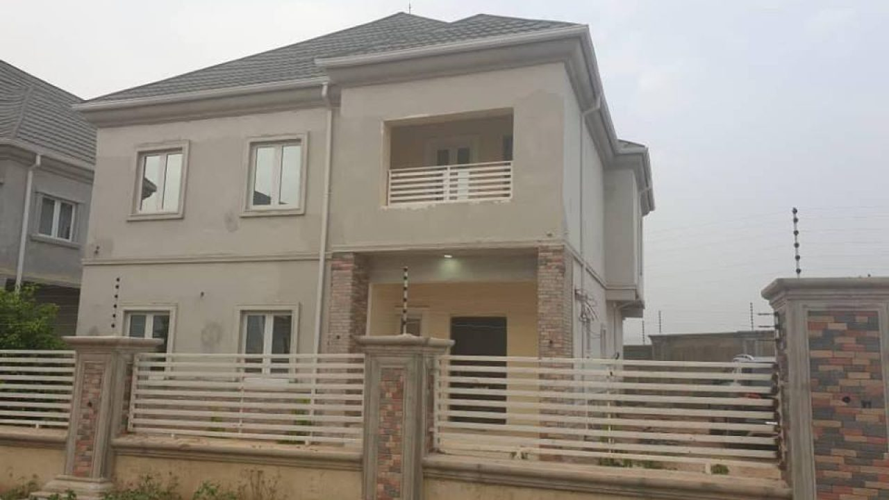 Hot 4bedroom House for Sale in Idu Karimu Abuja.