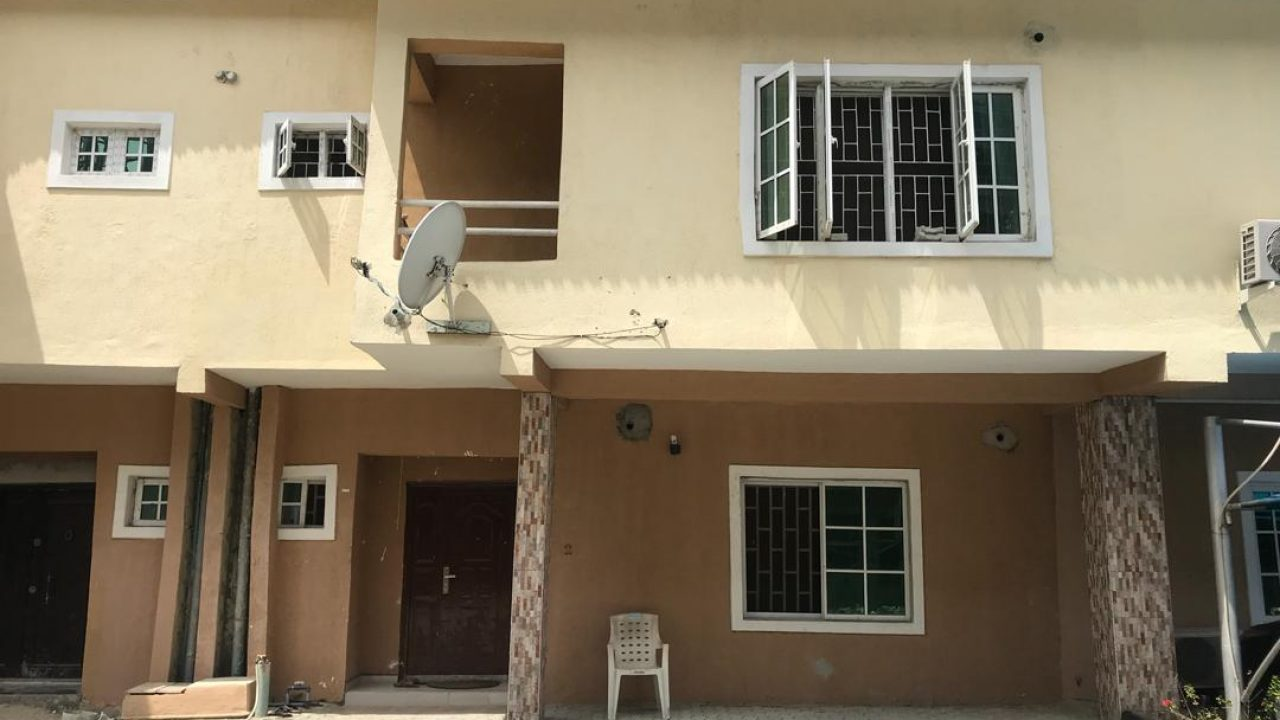4bedroom semi detached house for sale at lekki,lagos