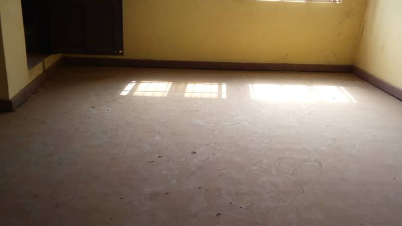 2Bedroom FLATS/HOUSE  FOR RENT IN AKUTE AJUWON.
