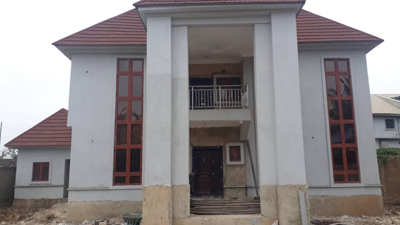 HOUSE AT NGOZIKA ESTATE AWKA FOR SALE