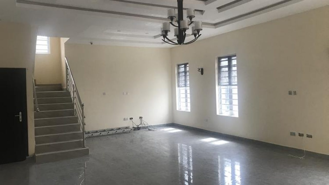 AFFORDABLE 5bedroom duplex for sale at thomas estate Ajah