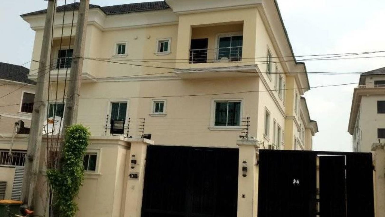 Property FOR SALE AT IKOYI LAGOS