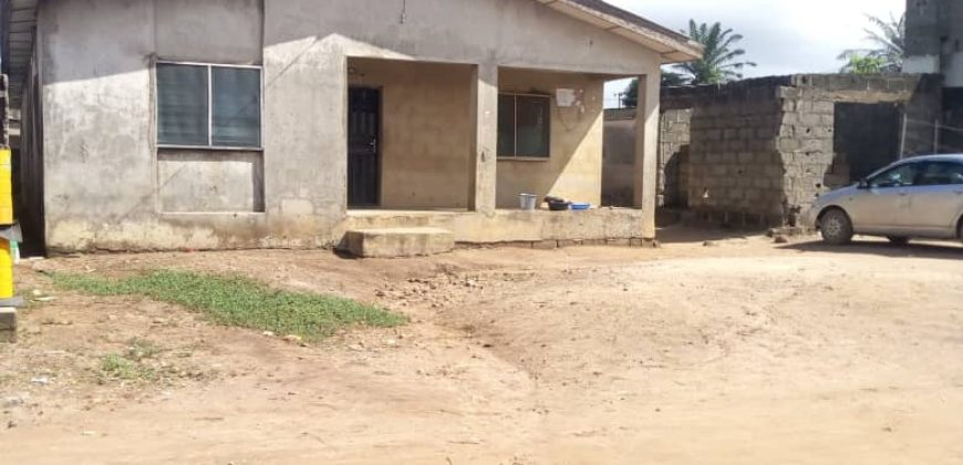 house & bungalow for sale And rent in ALAGBADO LAGOS