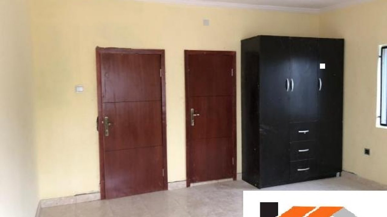 PROPERTY FOR SALE IN EGBEDA AKOWONJO,LAGOS