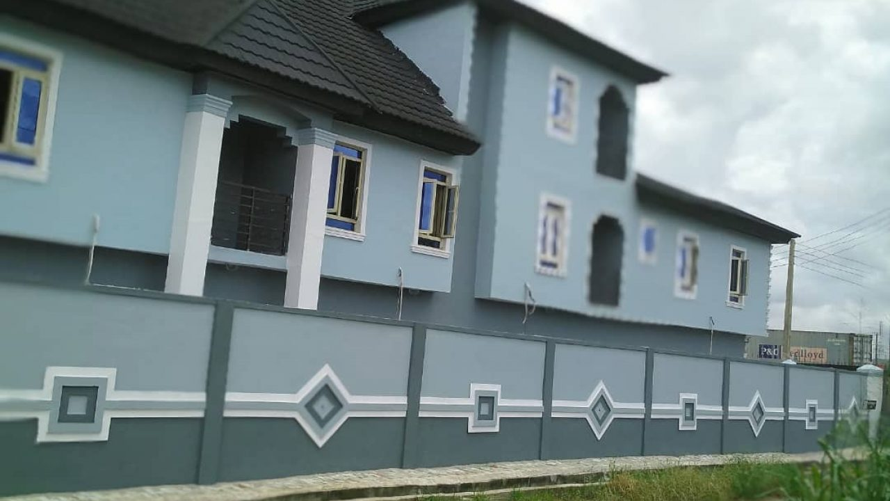 5BEDROOM SEMI DETACHED HOUSE FOR SALE IN AMUWO ODOFIN LAGOS.