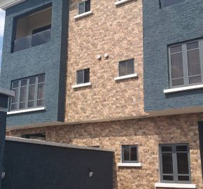 SEMI DETACHED DUPLEX FOR SALE IN PARKVIEW ESTATE IKOYI,LAGOS