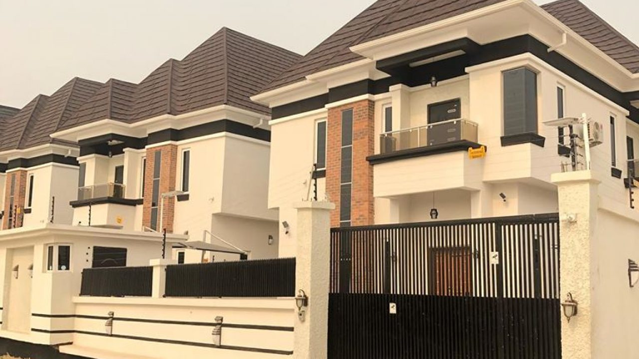 HOT 4 BEDROOM DETACHED DUPLEX FOR SALE IN AJAH
