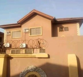 DUPLEX FOR SALE IN THOMAS ESTATE AJAH