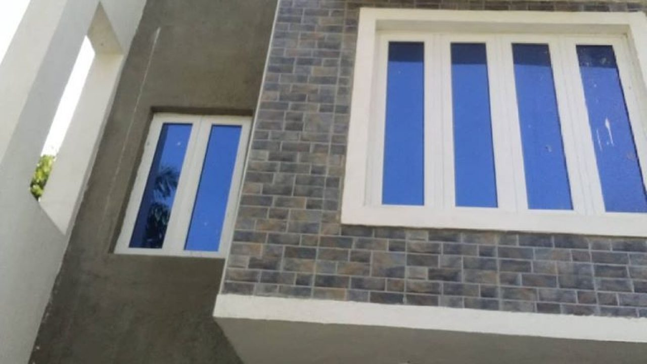 for rent: 4 bedroom house/ terrace at wuye