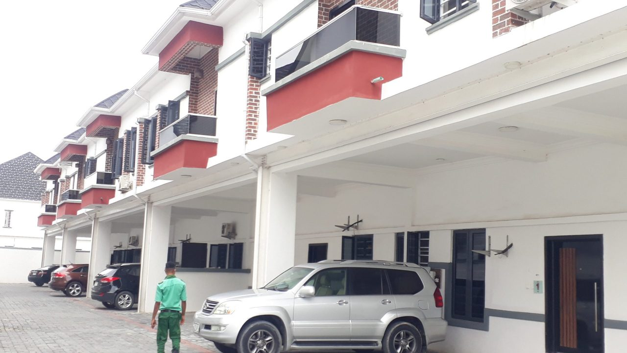 RENT: 4 bedroom terrace duplex in orchid area lekki