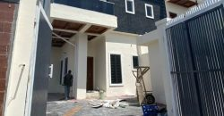4 bedroom for sale at lekki lagos