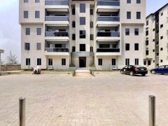flats / apartment for sale in ikota lekki lagos