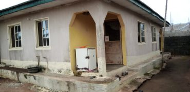 BUNGALOW FOR SALE IN BADAGRY LAGOS,BADAGRY OKE-AFA