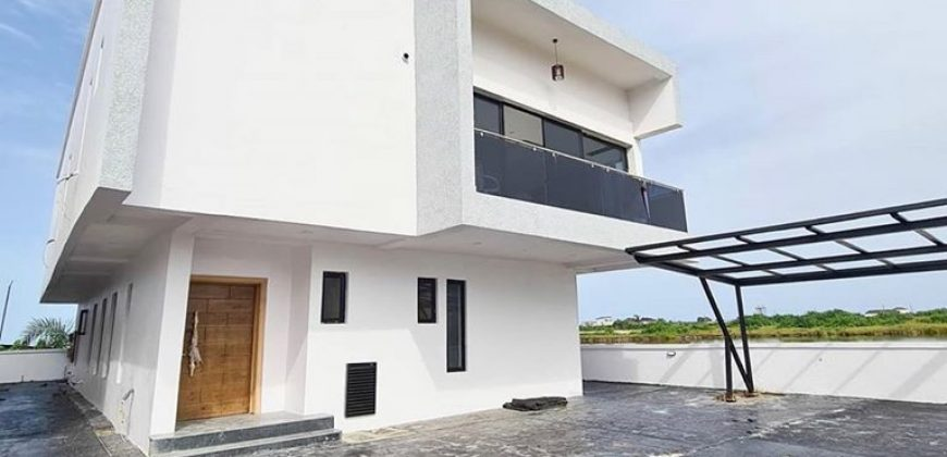 5 BEDROOM DETACHED DUPLEX IN LAGOS,LEKKI COUNTY LEKKI