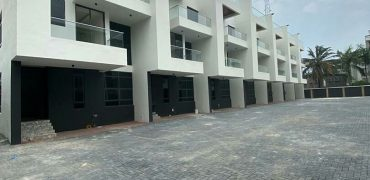 DUPLEX / TERRACE SELLING AT VICTORIA ISLAND