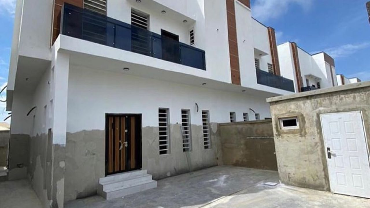 DETACHED DUPLEX FOR SALE IN IKOTA LEKKI