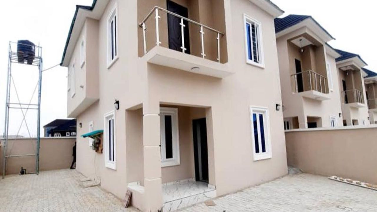 DETACHED DUPLEX FOR SALE IN AJAH LAGOS
