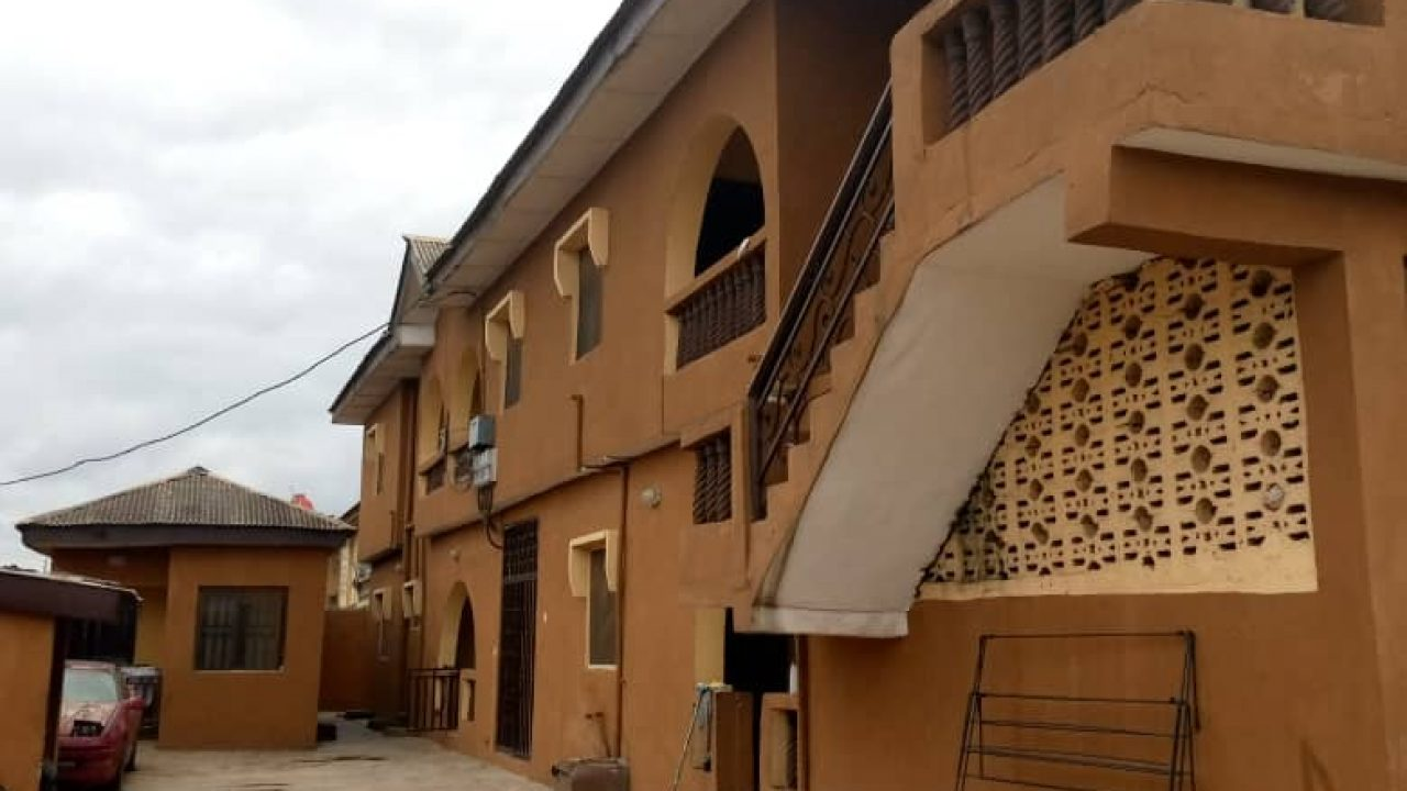 3 bedroom flat in ipaja