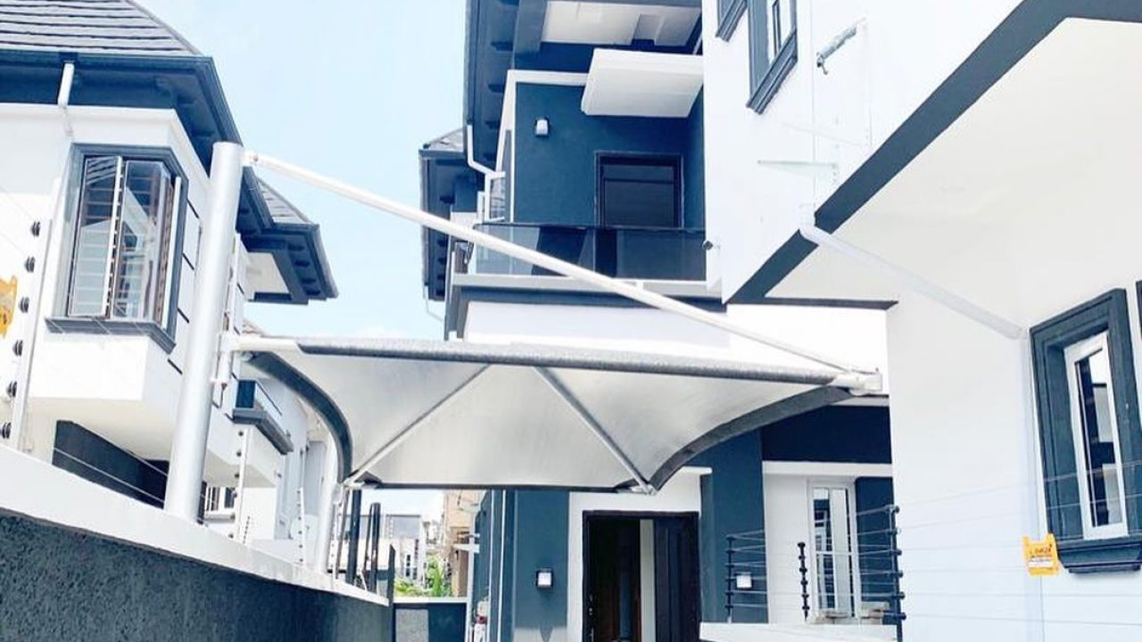 SEMI DETACHED DUPLEX FOR SALE AT OSAPA LONDON LAGOS