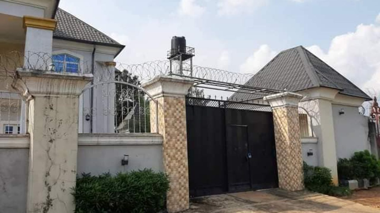 Available House for sale in new owerri imo