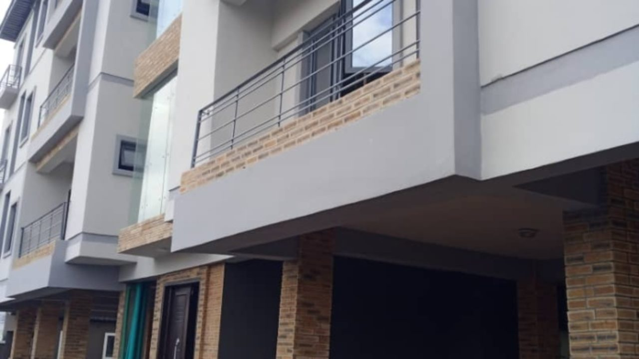 3 bedroom flat for rent in lekki