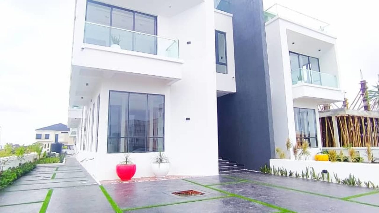 semi detached  duplex for sale in lekki