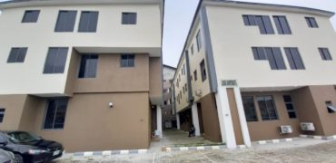 3 bedroom flat for rent in Lekki phase 1