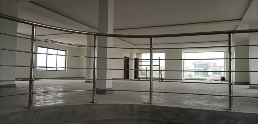 Executive commercial space/ Restaurant