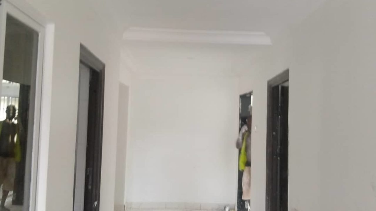 4 bedroom flat for rent in Ggbagada,Lagos