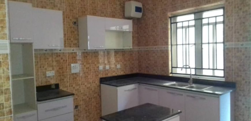 Nicely built House for sale in lekki