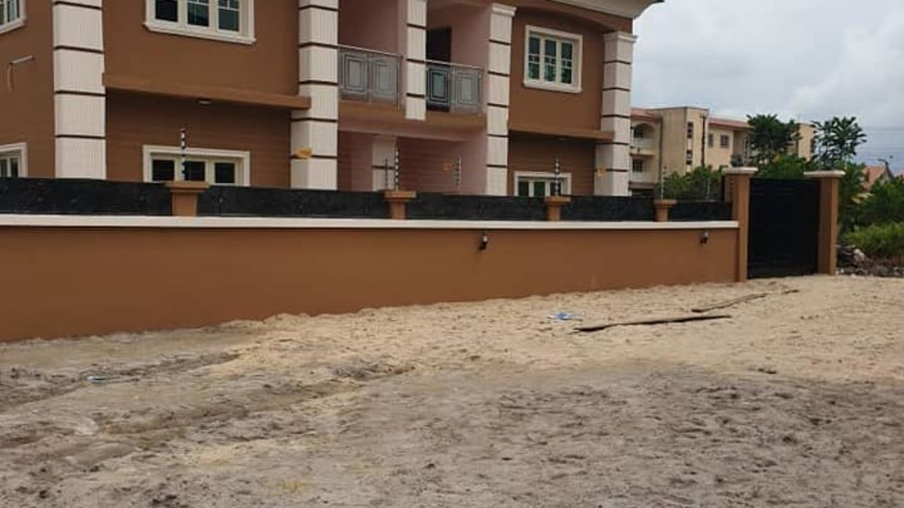 4 BEDROOM DUPLEX FOR SALE IN SANGOTEDO AJAH