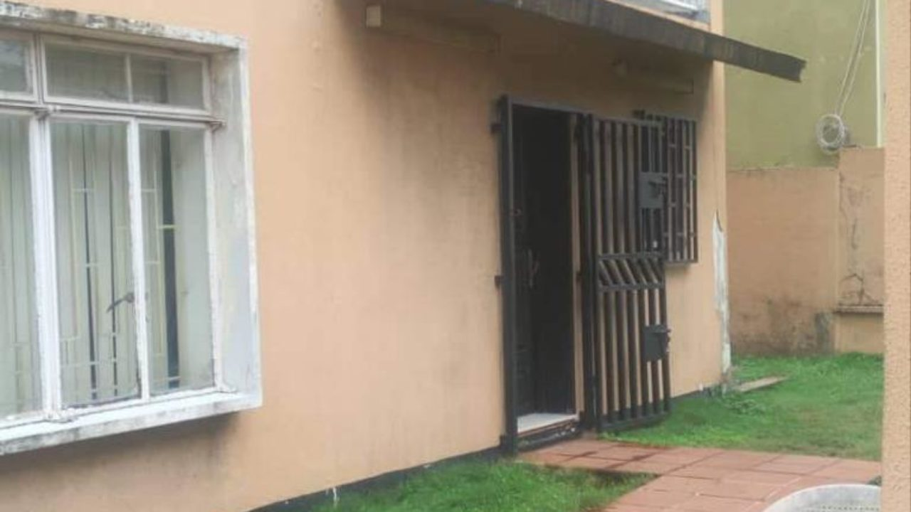 Spacious 6bdrm with Bq @ Norman Williams ikoyi for 220m neg