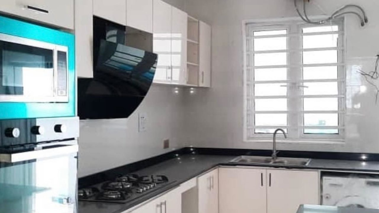 4 bedroom duplex for sale in abuja