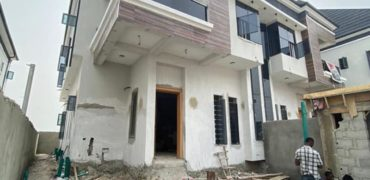 for sale:4 bedroom duplex in lekki lagos